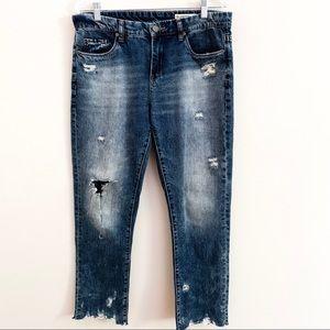 BlankNYC | Distressed Tomboy Cropped Jean